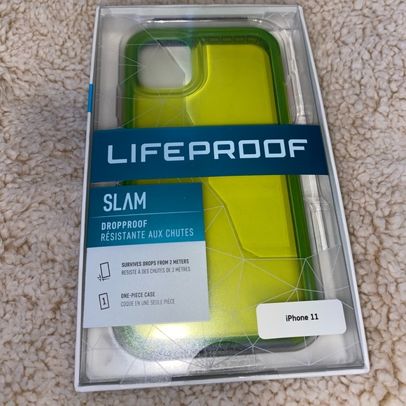✨SOLD✨NWOT Life Proof- SLAM Cyber iPhone 11 Case